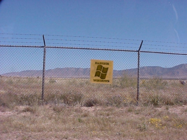 The-Free-Software-Foundation-Says-Microsoft-Is-a-Prison-407579-2